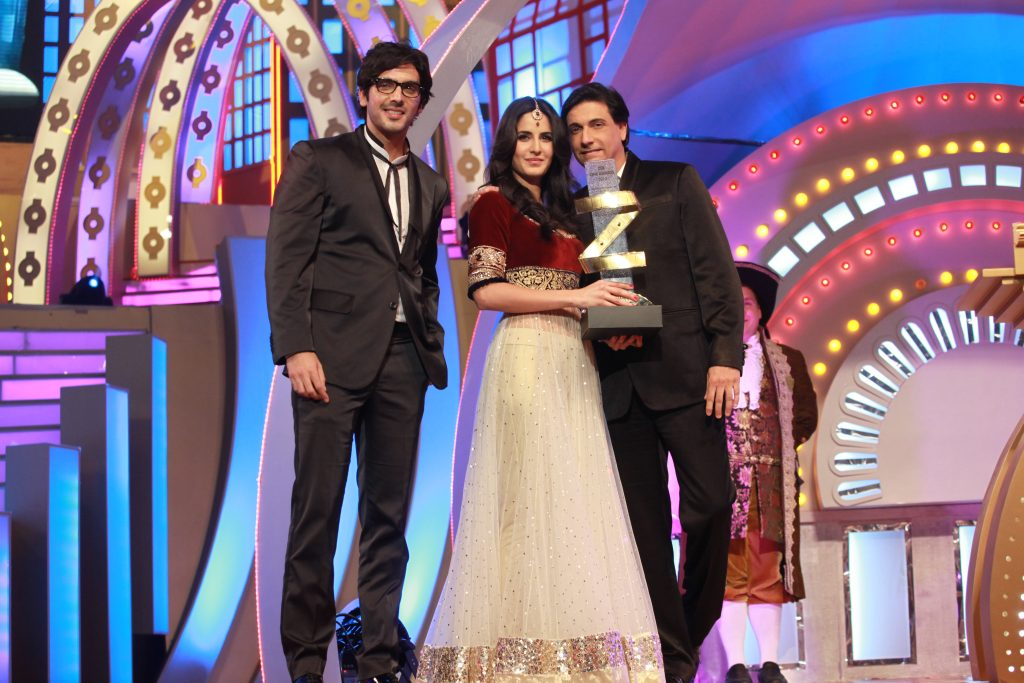 katrina-kaif-gets-the-female-international-icon-award